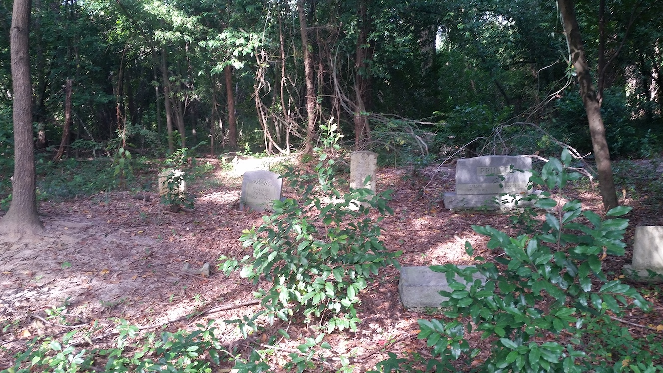 Marion-Ave-Cemetery_093630